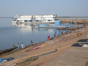 River bank at Segou