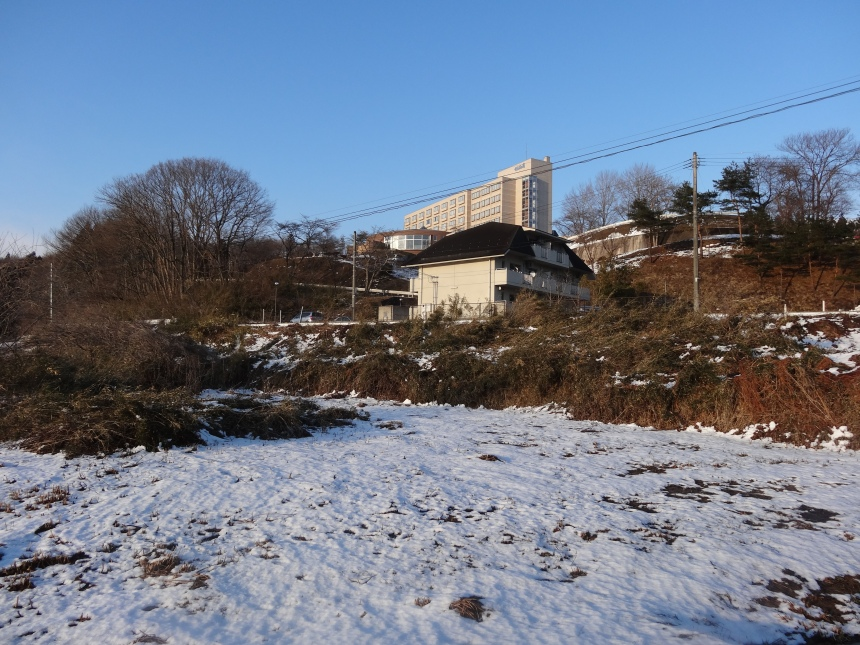 High on the hill - Kanpo Onsen