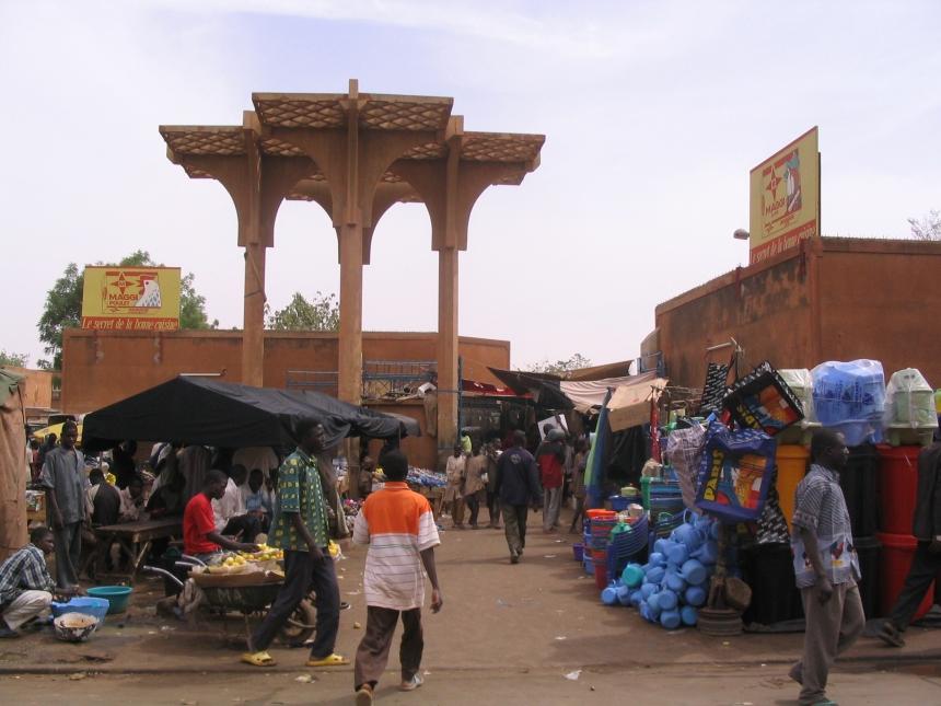 Market, Niamey, the capital of Niger.