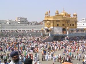 Throngs of pilgrims, Amritsar, Golden Temple