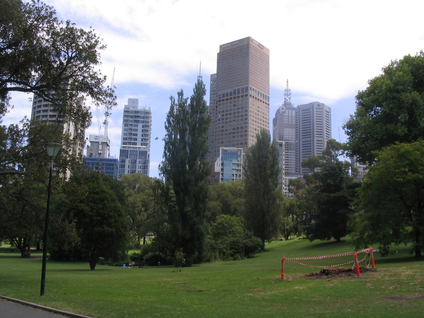 Sunny sunny Melbourne - my town, I'm back!