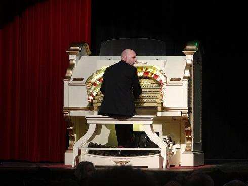 Am historic, re-conditioned organ