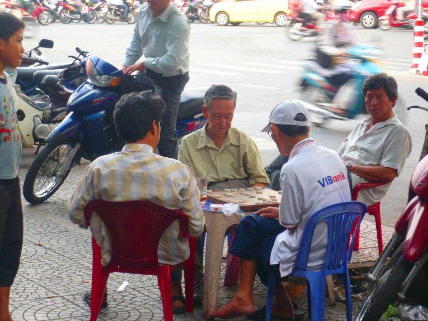 Chilling, Saigon-style!
