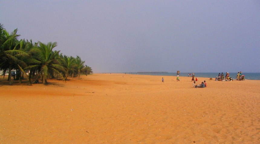 Golden Lome Beach
