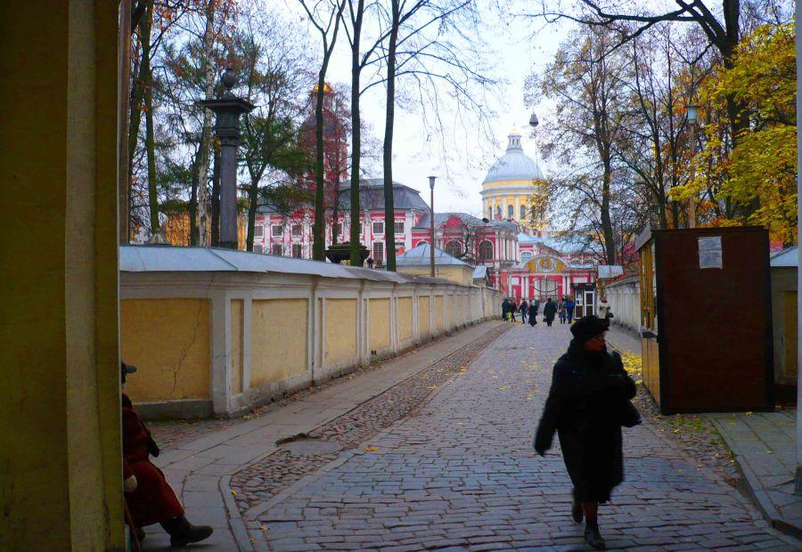 Approach to the Alexander Nebsky Monastery