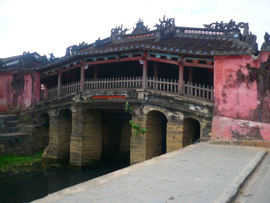 Japanese Bridge in Hoi An, the most recognisable landmark in the amazing Old Town.