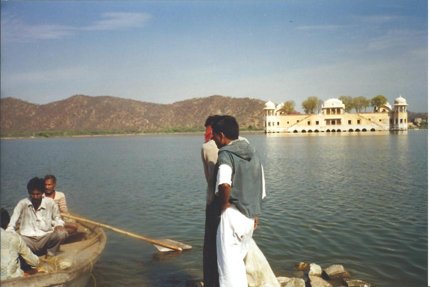 Lake in Jaipur.