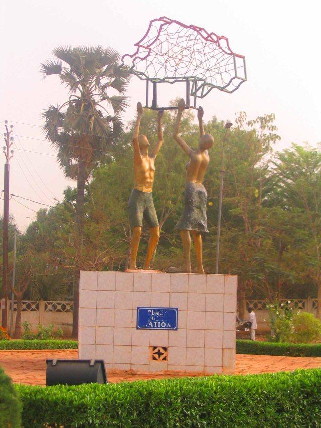Monument in Bobo