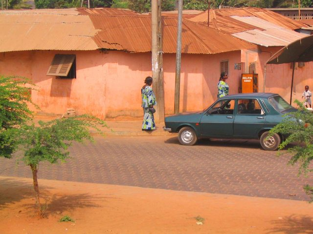 Ouidah road.