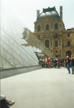 I stopped by the Louvre on the first day, by the second day it was closed owing to a strike.