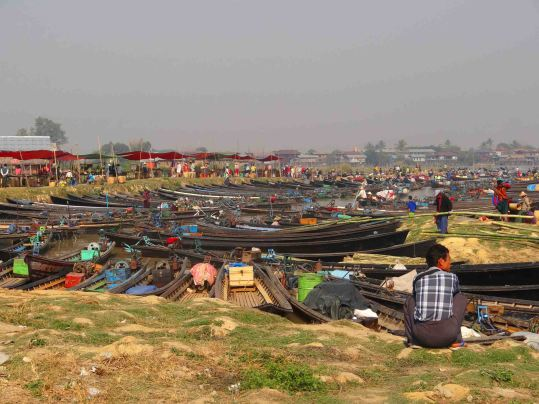 Boats pulled in at the Nan Ba Market.