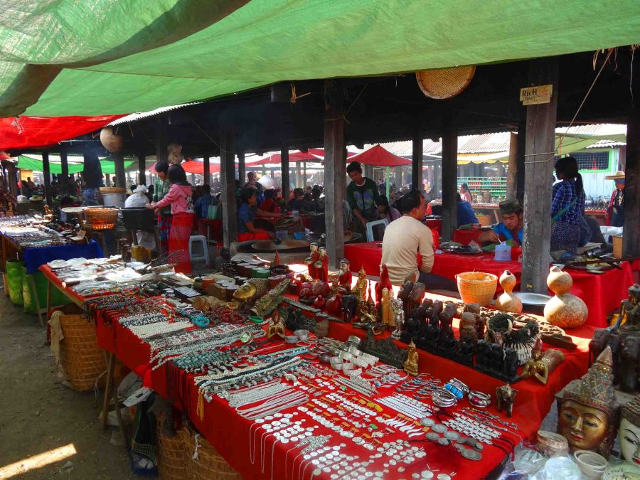 Nan Ba Market.