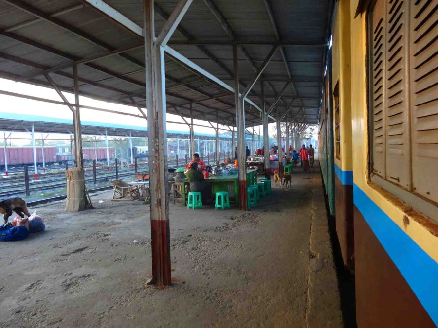 Thazi train station in the morning.