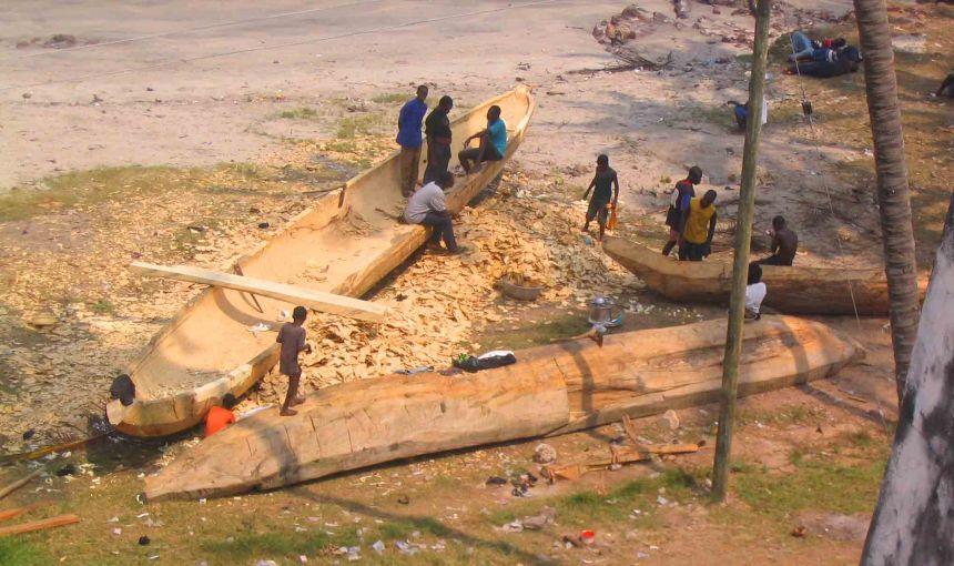 Boat making in Elmina
