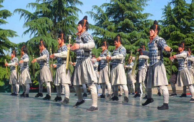 Performance at Emperor Qin's Tomb.