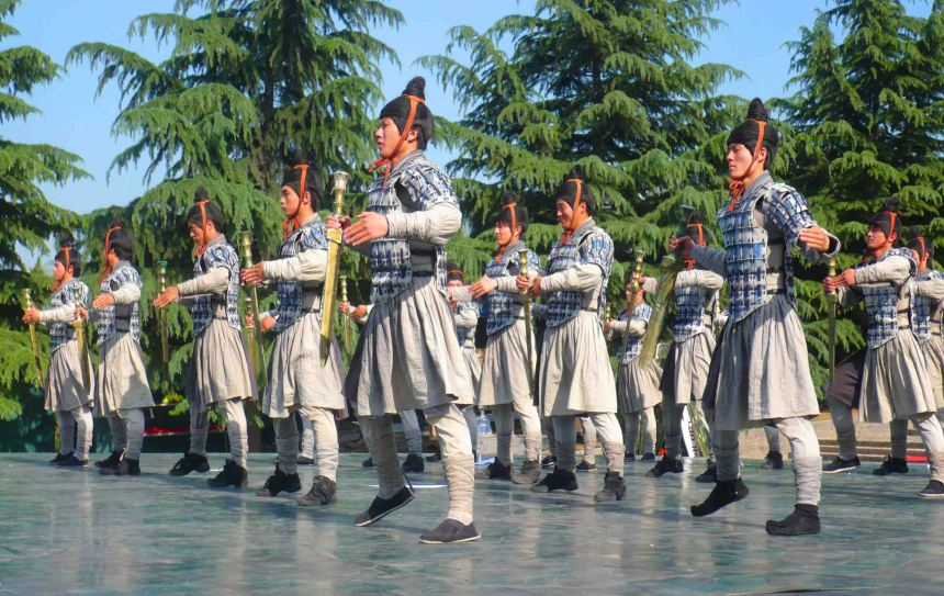 Performance at Emperor Qin's Tomb.