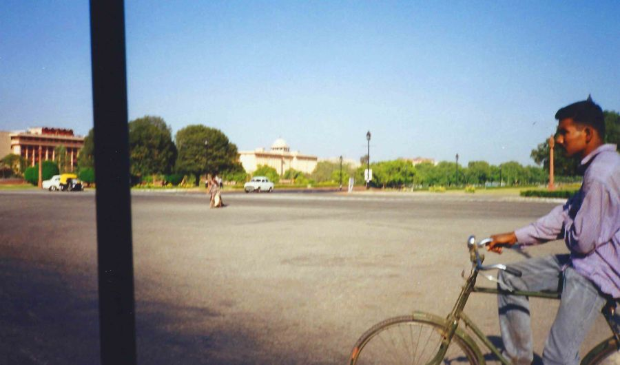 Delhi from an autorickshaw