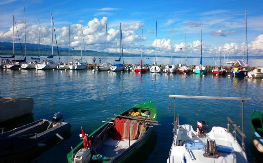 Boats on the stunning Lac Leman.