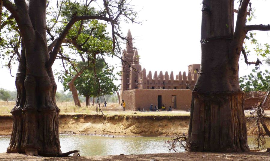 A mud-brick mosque at the beginning of the trek.