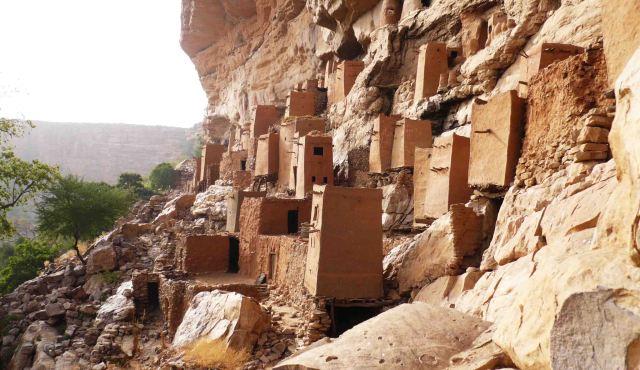 Mudbrick houses.