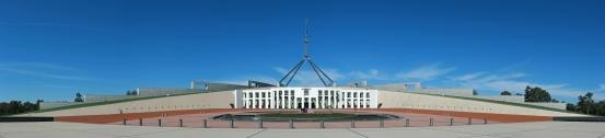 Parliament_House,_Canberra,_Pano_jjron_25.9.2008-edit1