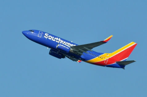 Southwest_Airlines,_Boeing_737-76Q(WL),_N565WN_-_SEA_(21783111420)