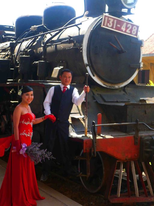dalat train marriage