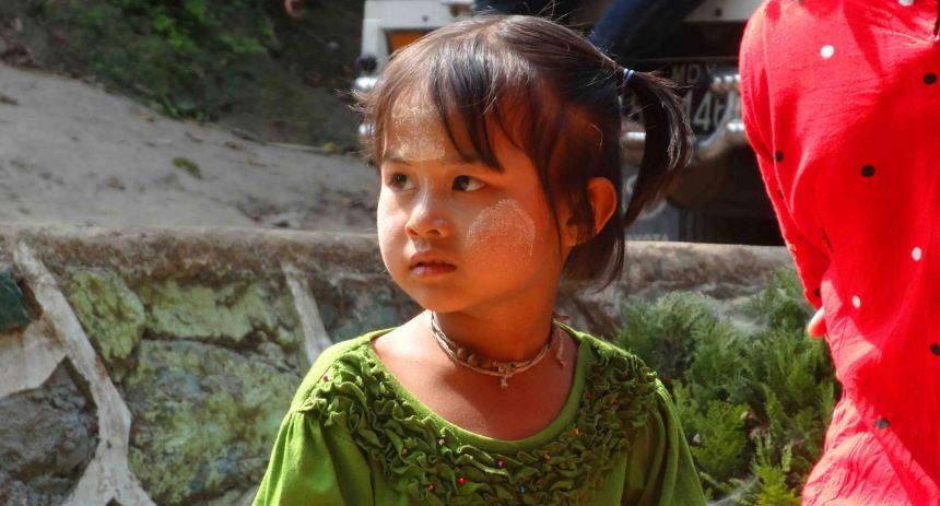 girl myanmar