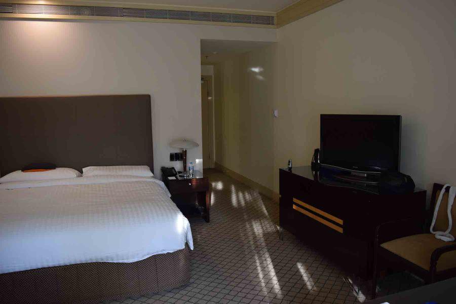 hyatt canberra room