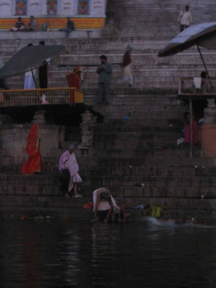 life on the ganges varanasi