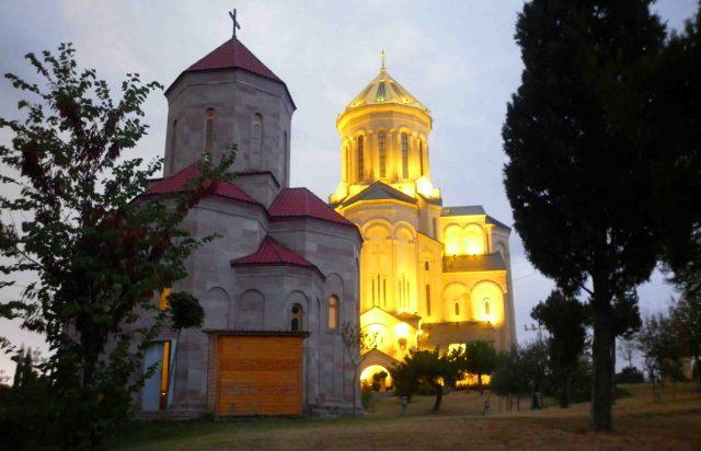 samena cathedral tbiliai