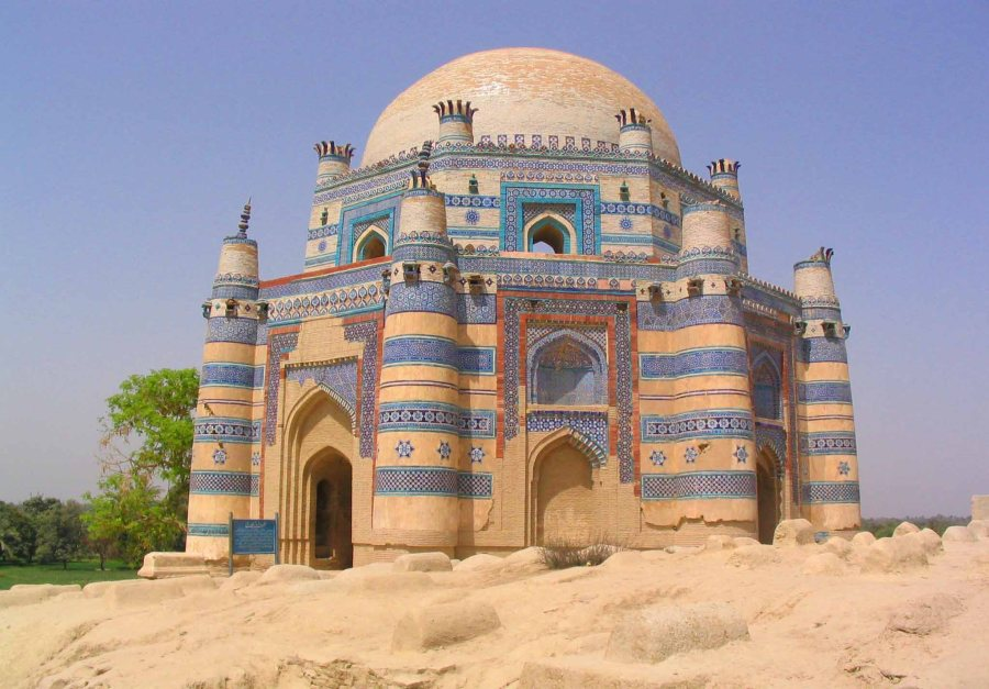 This one is the Tomb of Bibi Jawindi.