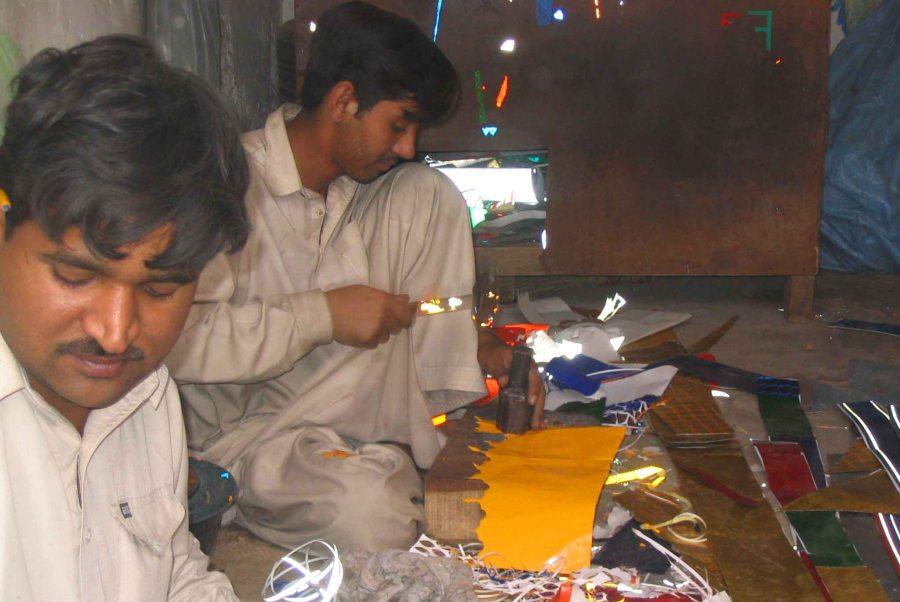 Making 'truck art' in Rawalpindi.