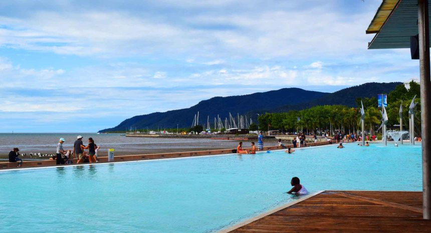 swimming cairns esplanade