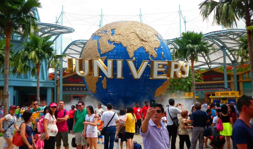 Entrance to Universal Studios Singapore.