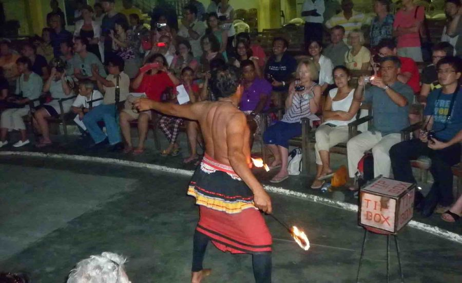 Cultural show on our first night proper in Kandy.