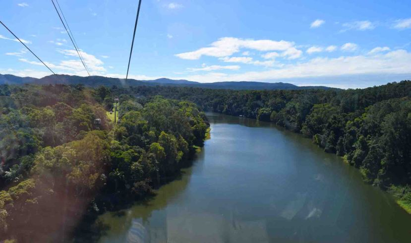 river-from-gondola
