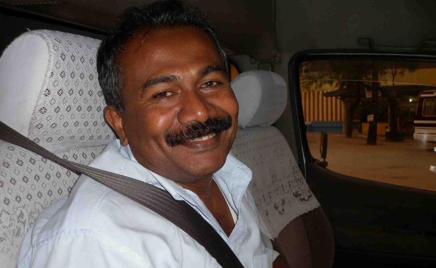 taxi-driver-to-sigiriya