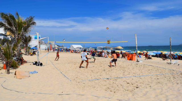 Volleyball on Ipanema