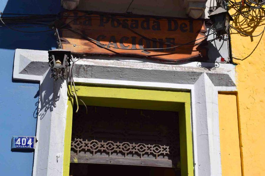 doorway-cacique