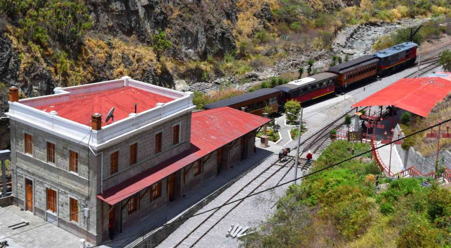 Sibambe Station from above (outside museum)