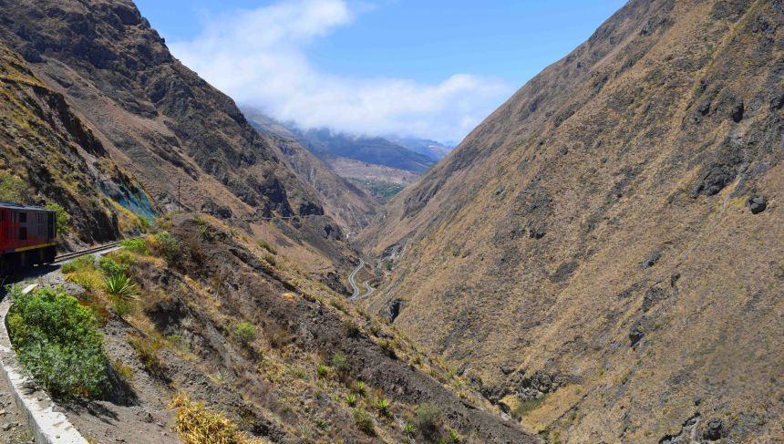 valley-nariz-del-diablo