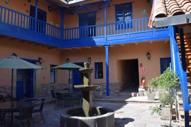 courtyard-saphi