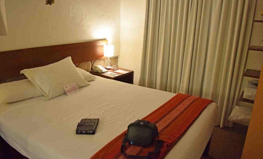 cusco-saphi-bedroom-1